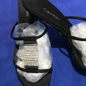 Womens 8.5M Calvin Klein Satin Sparkle Shoes